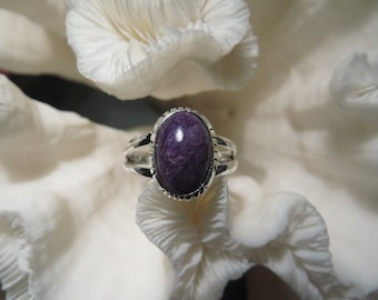 Pretty Purple Charoite  Ring  Size 9.25