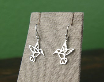 Hummingbird earrings in sterling silver, hummingbird charm, bird earrings, silver hummingbird, elegant, mother's day