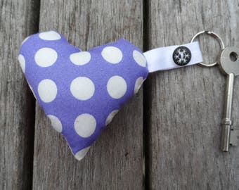 Heart shaped keyring - mauve with white spots