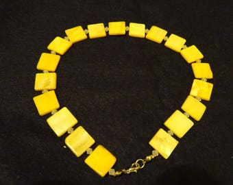 Yellow square shell necklace
