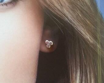 Silver Trifoil Stud earrings