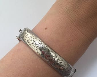 A Simply Stunning Silver Bangle