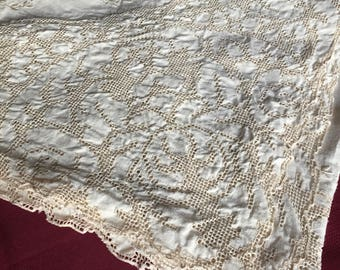 Linen Embroidered Tablecloth Vintage