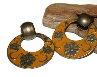 Vintage Burnt Orange Earrings, Burnt Orange Jewelry, Antique Bronze Tone Jewelry, Gift for her, Retro Earrings, Flower Earrings, Old Jewelry