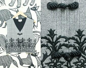 Black and White Checkered Vest // 90s Embroidered Cropped Tassle Vest // Tartan Pattern Size Medium
