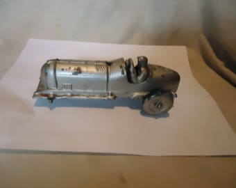 Vintage Hubley Metal Kiddie Toy 5 Indy Race Car,  USA MISSING WHEEL, collectable