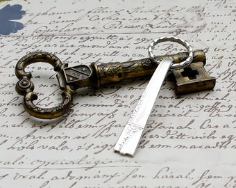 Key Ring Handcrafted Vintage Spoon Handle Oneida Nobility Plate CAPRICE Upcycled Silverware Flatware 1930s