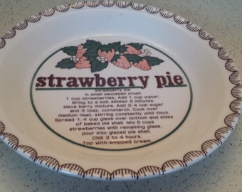 Mt Clemens Strawberry Pie Pan/Plate