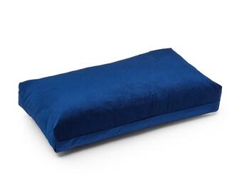 PLUS PILLOW - Puik - Design - Amsterdam - Velvet-pillow-cushion-interior-livingroom-bedroom-handmade-geometric