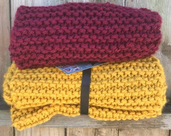 Knitted Cowl, Chunky Knit Cowl, Infinity Scarf, Fall, Winter apparel, oversized Cowl, Ladies scarf, Circle scarf, Mustard Cowl