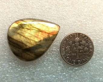 60% OFF - 28x22x5 mmGolden Flash Labradorite Cabochon Gemstone Pear Shape Labradorite (O-53)