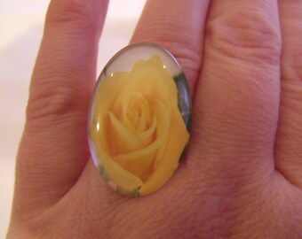 SALE pink yellow oval glass cabochon ring