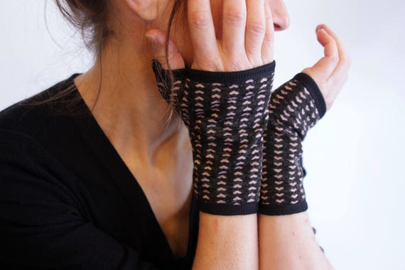Fingerless Gloves velvet.