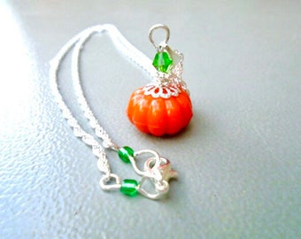 Pumpkin Necklace, Silver Plated Necklace, Squash Necklace, Autumn Necklace, Fall Necklace, Halloween Necklace, Fun Necklace