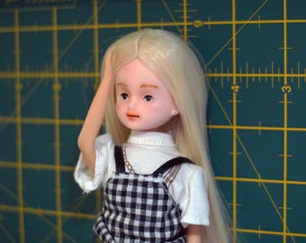 Custom OOAK Licca doll with outfit