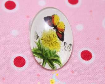 Glass cabochon oval Yellow Butterfly on flower jaune18 pattern / 25mm