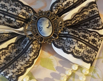 Lolita Steampunk cameo hair bow in cream and black.