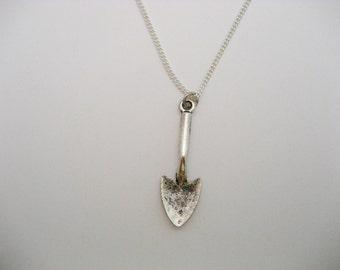 Shovel Necklace, Gardening Necklace, Trowel Necklace, Trowel Jewelry, Garden Necklace, Gardener Necklace, Shovel Jewelry, Gardening Tool