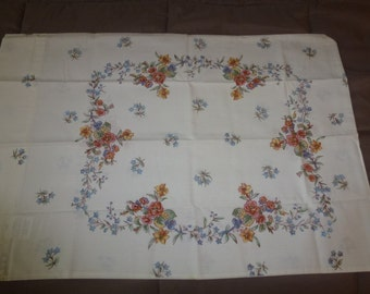 Pair of Vintage New Old Stock Pillowcases Flowers
