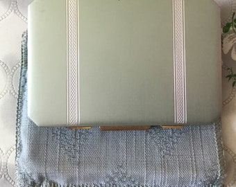 Vintage Stratton compact, 1940s Stratton star, 1950s Stratton powder compact, vintage compact, silver blue Stratton suitcase compact,