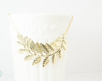 Leaf necklace, statement necklace, gold leaf necklace, gold necklace, wedding necklace, leaf statement necklace, cute leaf necklace