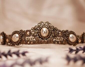 Bridal Tiara, Custom Tiara, Cream Pearl, Medieval Wedding, Bridal Headpiece, Renaissance Wedding, Handfasting, Ren Faire, Garb, Lucia Tiara