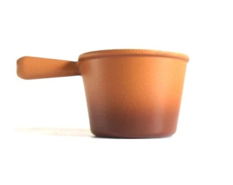 Le Creuset Meat Fondue Pot #6470 Enameled Cast Iron Cookware Saucepan Tan Brown