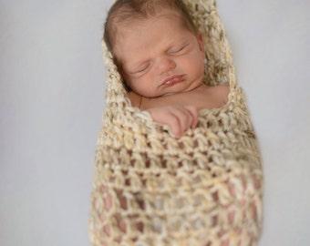 Stork Pouch - Newborn - Crochet - Photography Prop