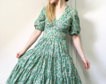 Vintage 1970s Dress, 70s Dress, Green Dress, Retro Floral Dress, 1970s, XS