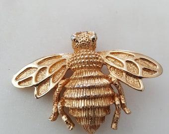 Vintage bee brooch/ bee pin /bee brooch/ bees/ bumblebees/honeybee