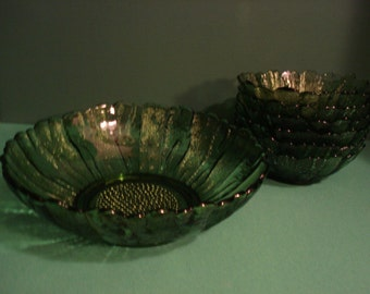 Vintage Salad Bowl Set - Avocado Green - Country Garden Pattern by Anchor Hocking