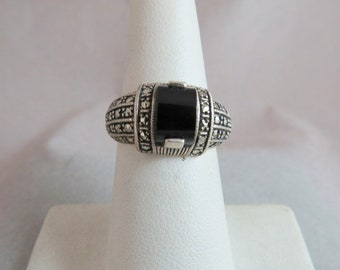 Vintage Marcasite With Black Onyx Sterling Silver Ring Size 6 6