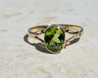 Reserved - Solitaire Peridot 9ct Gold Ring