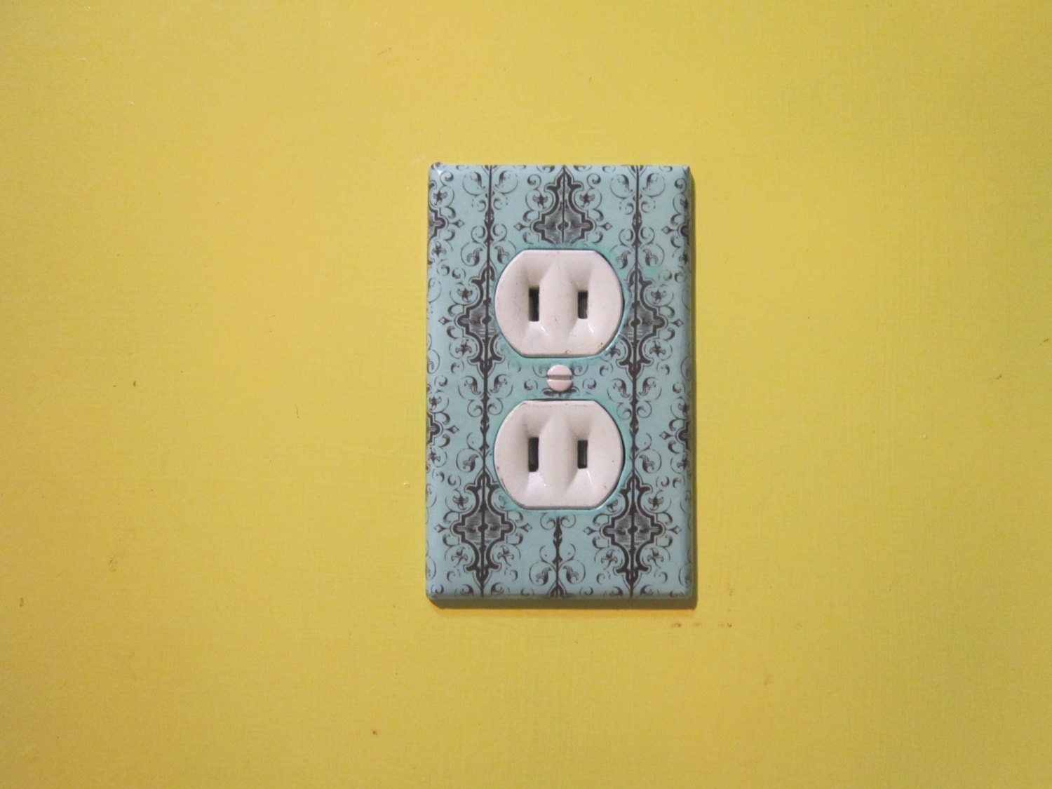 Electrical Outlet/Socket Covers Plates Decorative Cottage