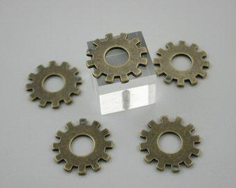 10 pcs Zinc Antique Brass Gear Spoke Gear Charms Pendants Decorations Findings 22 mm. RCG