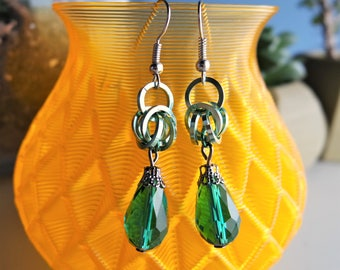 Green Glass Chainmail Earrings / Byzantine Weave
