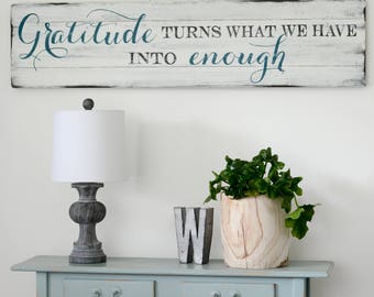 Gratitude Sign Rustic Wall Decor Wooden Home Sign Farmhouse Sign Grateful Quote Housewarming Gift Distressed Wood Sign Wall Decor Quotes