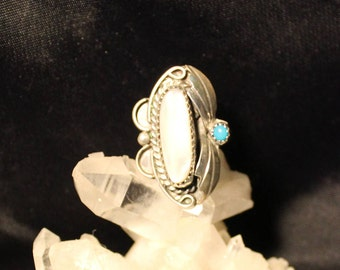 Mother of Pearl and Turquoise Ring,Money Shell,Marriage Shell,Lucky Shell,Health Shell,Purity Shell,Stress Shell,Anxiety Shell,Emotion Shell