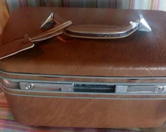 Vintage Samsonite Vanity,Travel, Train Case..Clean..Tray..Side Pockets