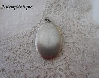Antique locket 1910