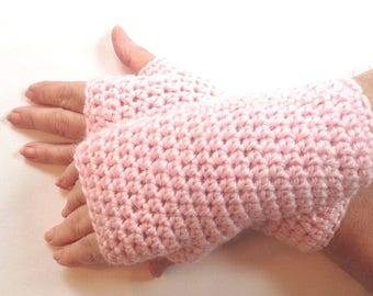 Alpaca mix pink wristlets - Blush pink fingerless gloves - Alpaca blend wristwarmers - Crochet pink texting gloves