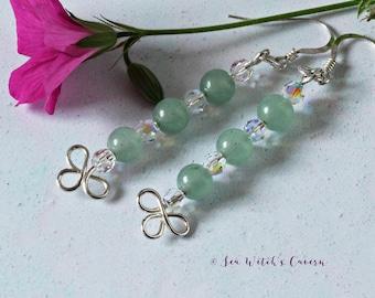 Sterling Silver Clover earrings. St Patricks Day. Green Earrings. Shamrock Jewelry. Aventurine. Swarovski Crystals. Wirework Earrings.