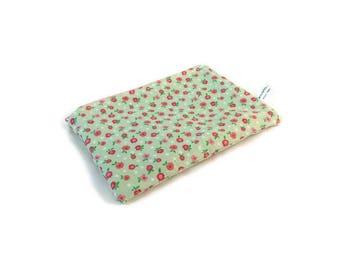 Tiny Flowers Snack Bag || Reusable Sandwich Bag || Reusable Snack bag || Eco Friendly Gift || Zippered Pouch || Food Safe Bag