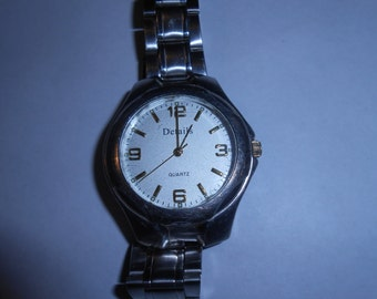 large easy read mens watch