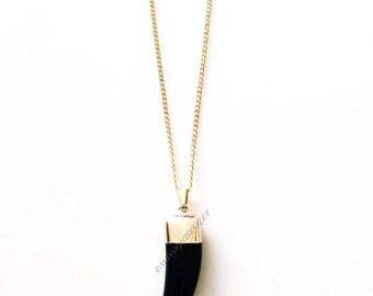 ITALIENISCHE Hengst Halskette in Mitternacht & Gold. Geschenk-Box und Band im Lieferumfang enthalten. Gratis Versand im Inland. Tolles Geschenk.