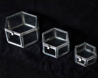 Nest of 3 small hexagonal glass display boxes