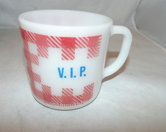 Vintage Federal Coffee Cup Mug VIP Red Checkered Milk Glass Retro Heat proof