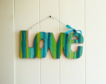 Wooden Love Sign Wall Hanging