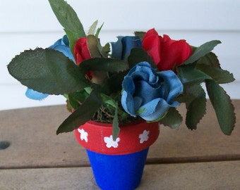 Miniature Patriotic Flower Arrangement