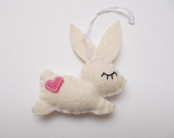Felt bunny ornaments - handmande felt ornaments - Easter rabbit - Housewarming/Easter home decor - Baby shower - eco friendly